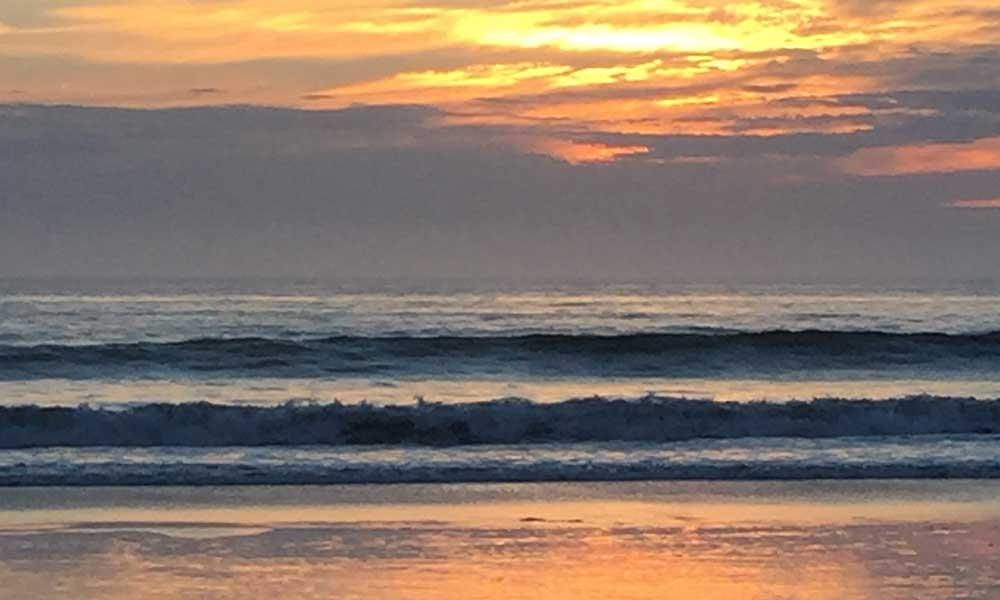 Sunset at Moonlight Beach in Encinitas